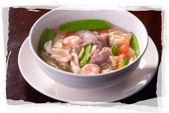 Shrimp and beef wonton soup